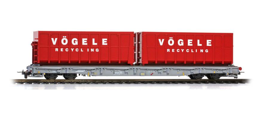 "2291122 RhB R-w 8202 ACTS-Tragwagen mit Mulden ""Vögele Recycling""-1"
