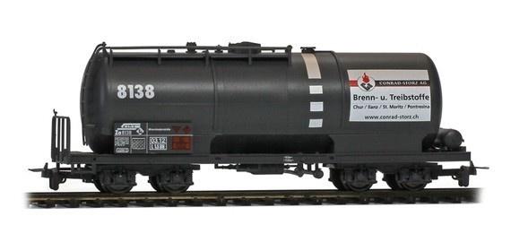 """2285138 RhB Za 8138 Kesselwagen mit Plakat """"Conrad-Storz""""-1"""