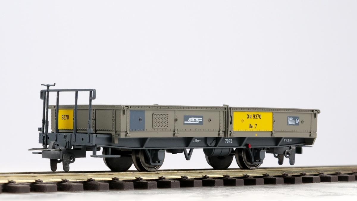 2257190 RhB Xk 9370 Bm7 Niederbordwagen-1