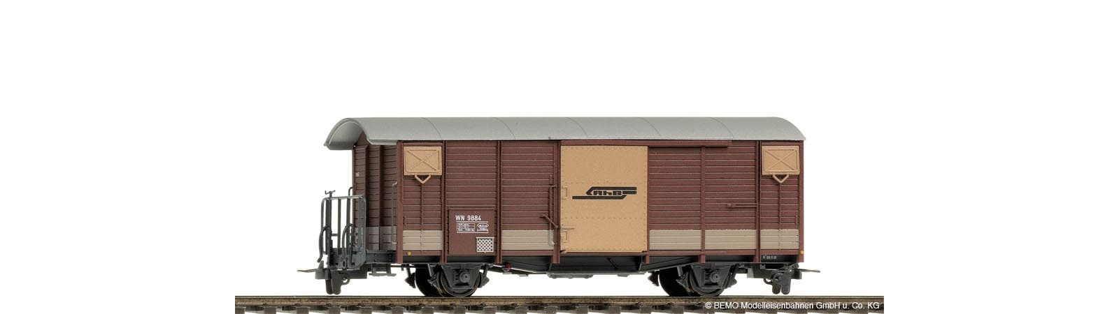 2250154 RhB WN 9884 Nostalgiewagen braun-1
