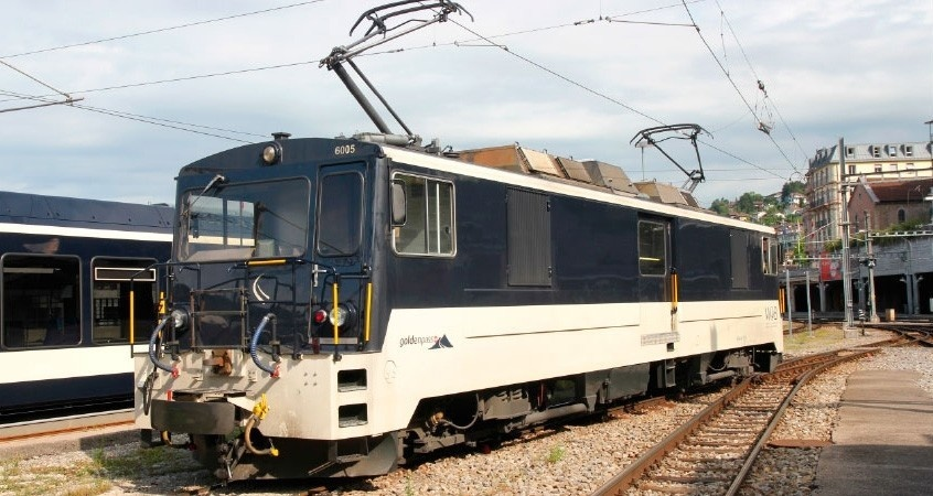 1280355 MOB GDe 4/4 6005 Lok nachtblau/beige-1