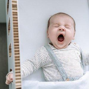 KarTent Kartonnen Babywieg Papercrib Wit
