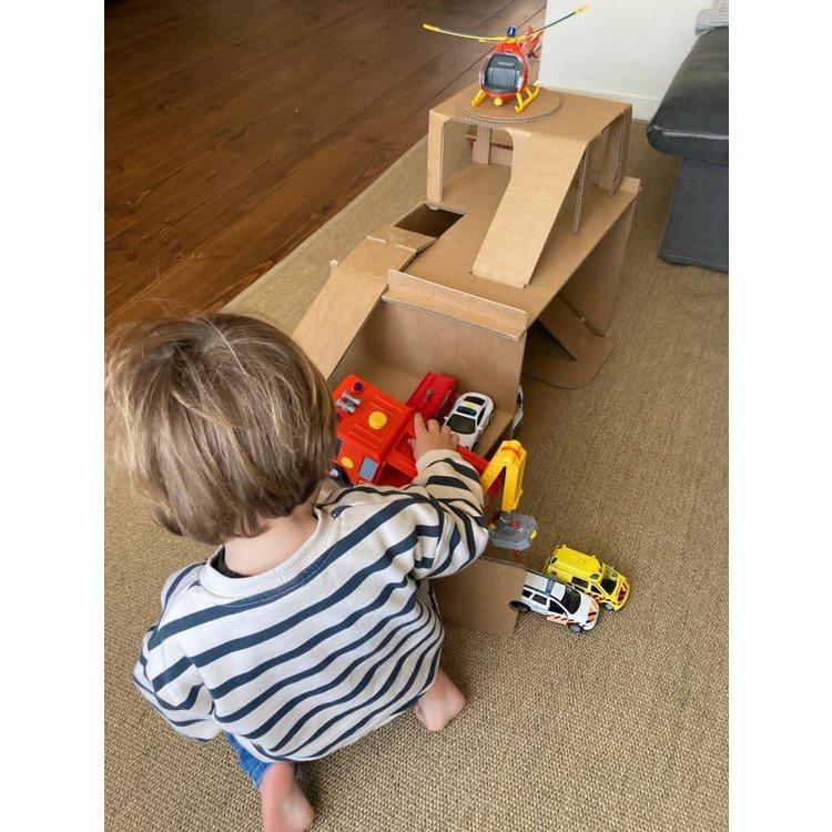 KarTent Cardboard Toys Garage