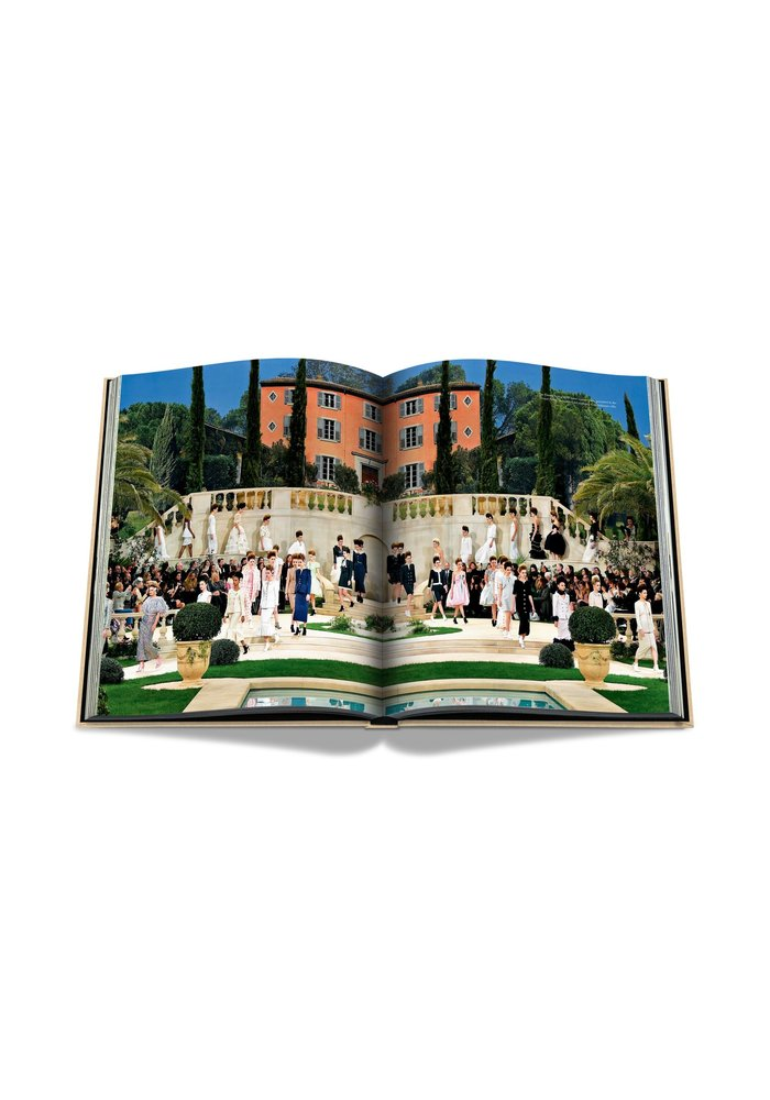 Boek - Chanel - The Impossible Collection