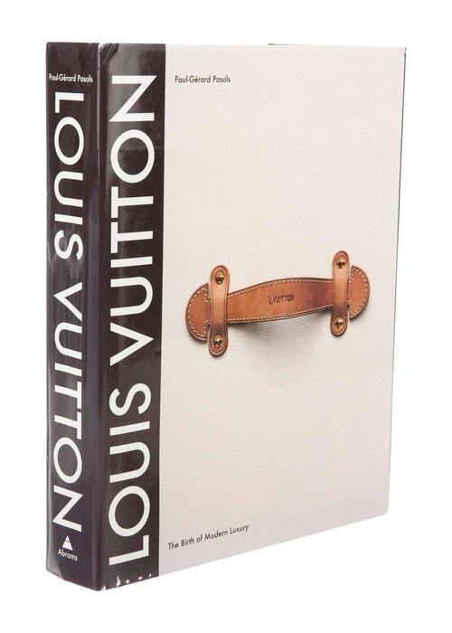 Book - Louis Vuitton