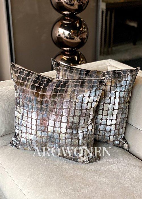 AROWONEN Decorative Cushion -  Club - Blueberries