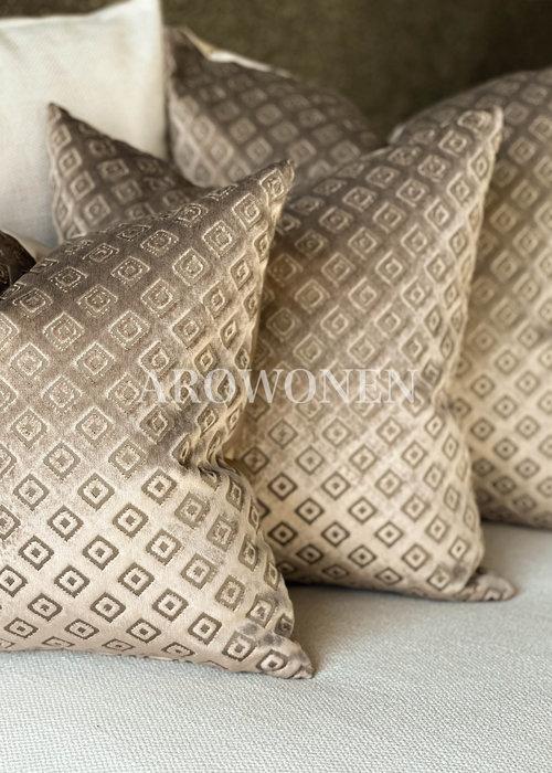AROWONEN Decorative Cushion - Esperanza - Dessert