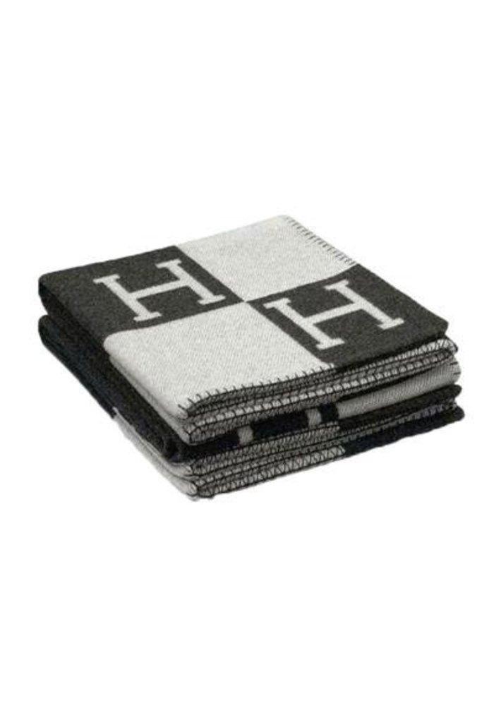 Plaid -  Black / Grey