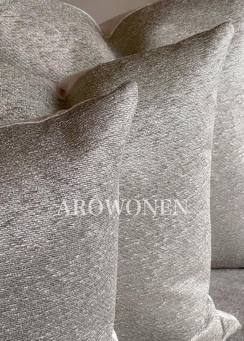 AROWONEN Decorative Cushion - Tatiana - Goldish