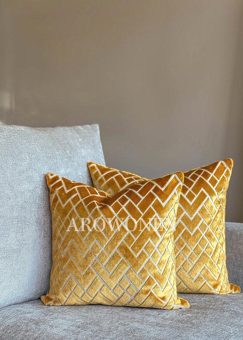 AROWONEN Decorative Cushion - Checkerd - Ochre