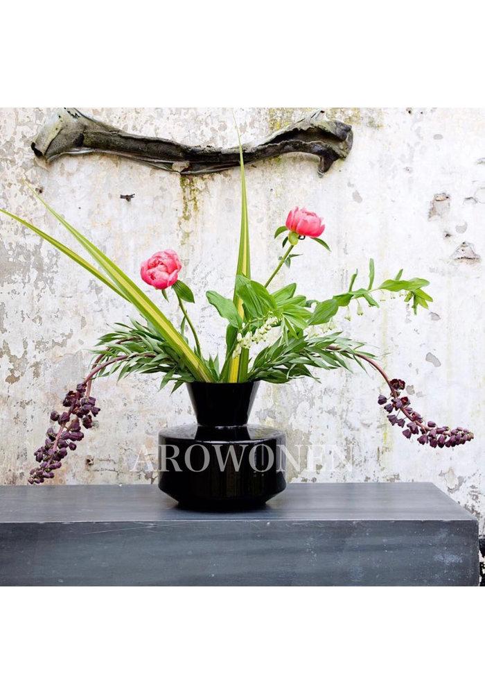 Vase - The Grand - Black