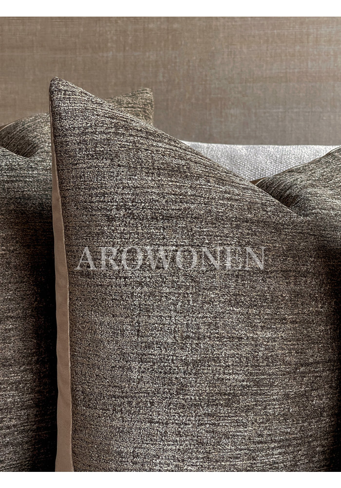 Sierkussen - Augustine - Carob Bruin