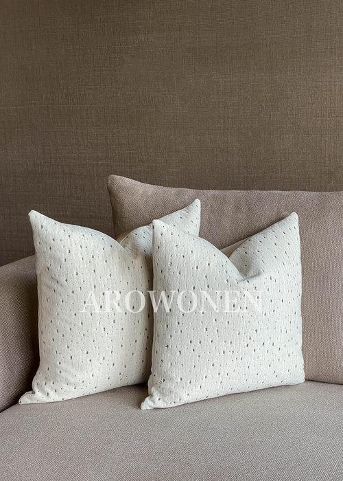 Decorative Cushion - Meteor - Milky White Stracciatella