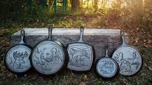 Bent u opzoek aan pannen voor het buiten koken? dan bent u op het juisten adres. met een geruimen keuzen in pannen. Van lichtgewicht aluminium pannen tot gietijzeren pannen alles wat u zoekt.