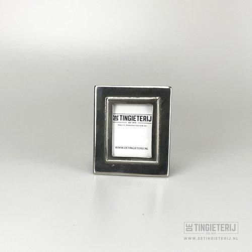 Photo frame (passport photo)