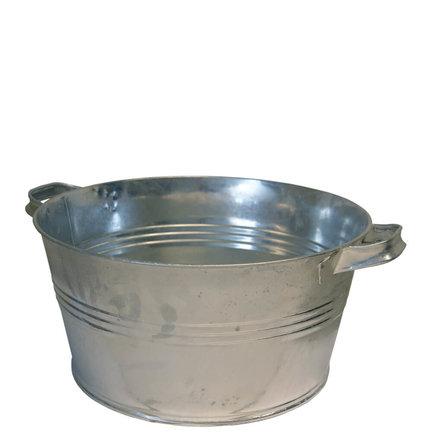 Een teiltje voor water of als decoratie