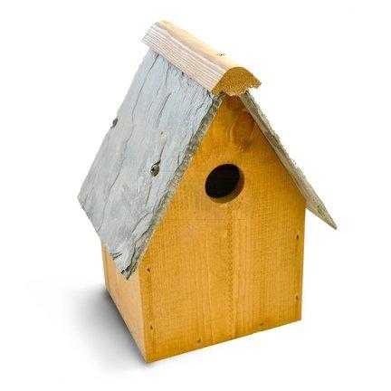 Voor een vogelhuisje gaat u naar Tuinartikelen.nu