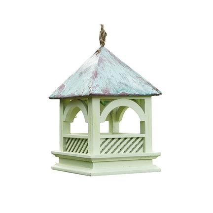 Een vogelvoederhuisje voor de vogeltjes