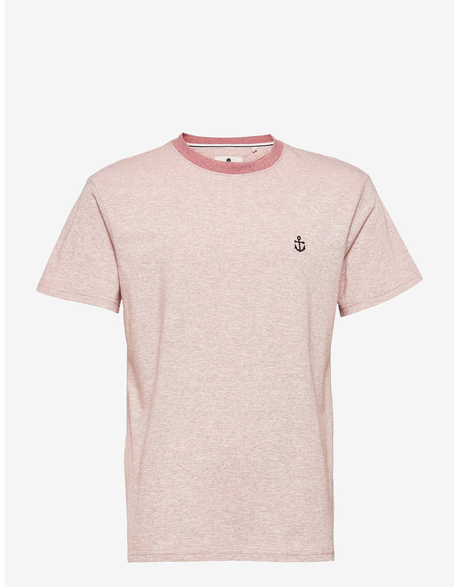 Anerkjendt Akkikki Curv Emb T-Shirt