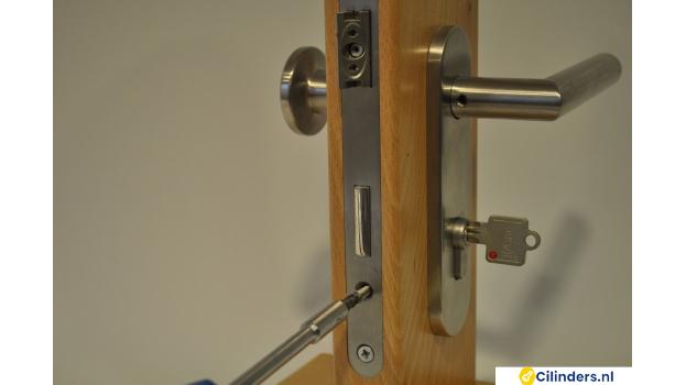 Cilinder of Cilinderslot vervangen - stappenplan -stap 1