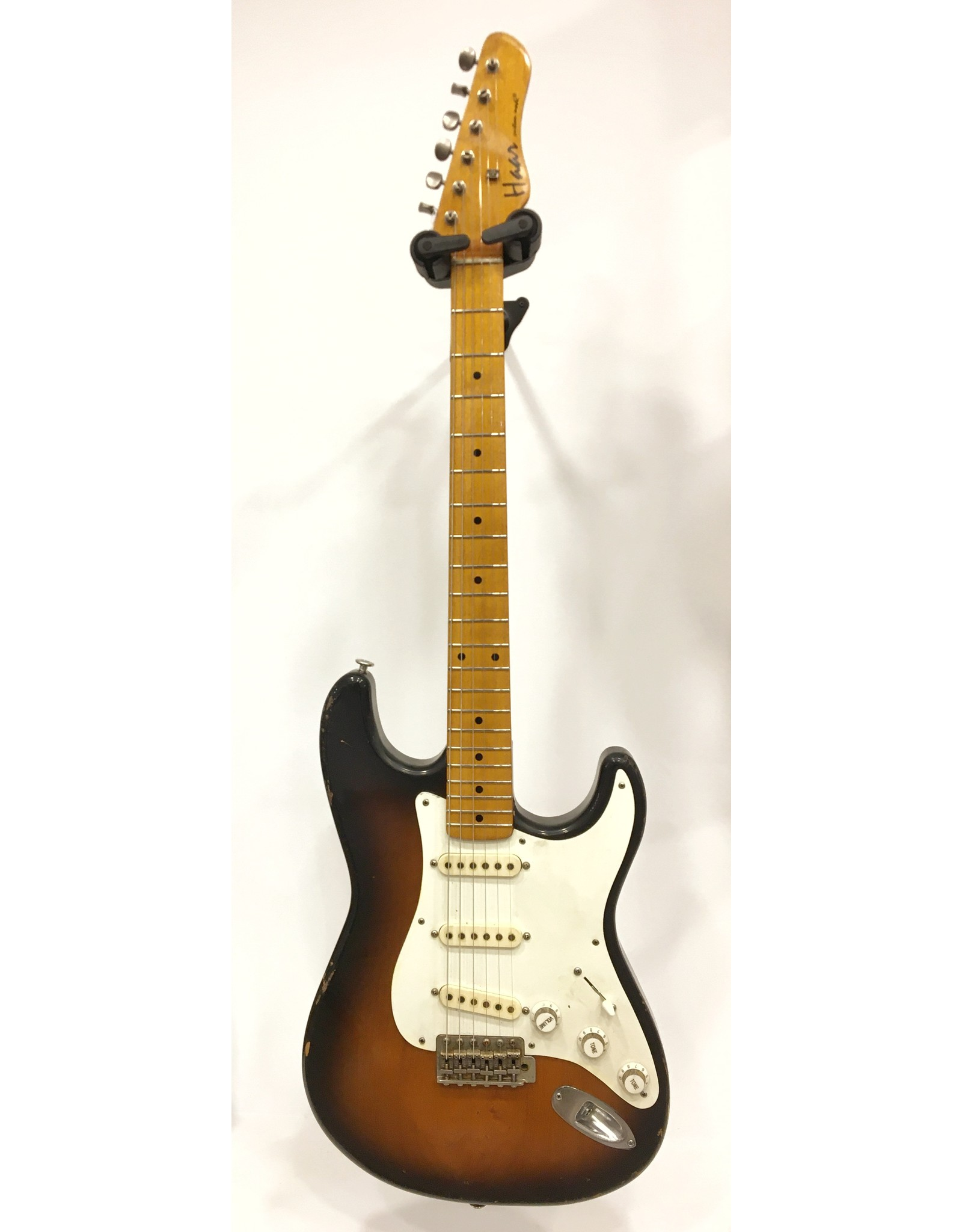 Haar Guitars Haar Traditional S 2 Tone Sunburst Maple Neck