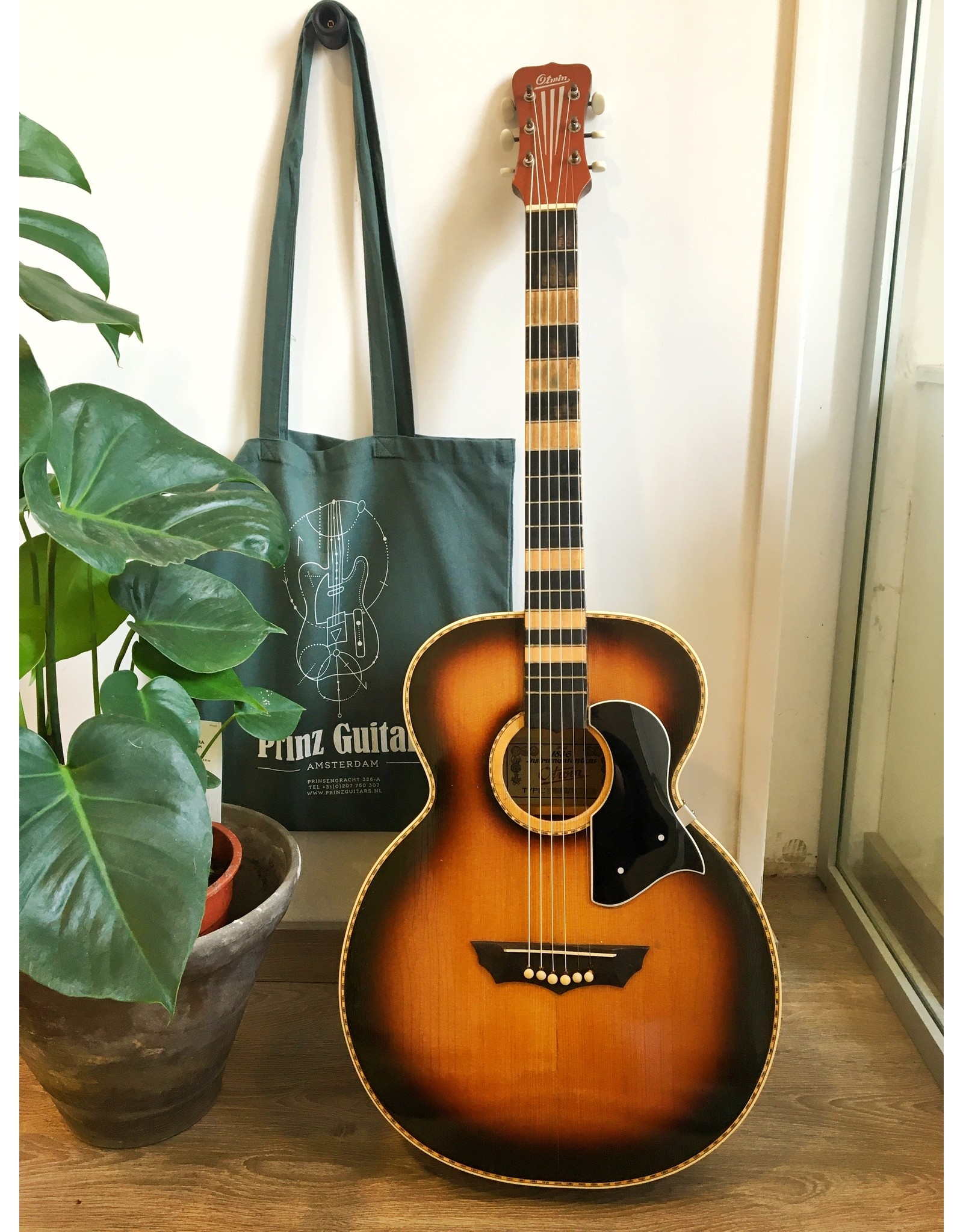 Otwin 83/15 late '50s parlor gitaar