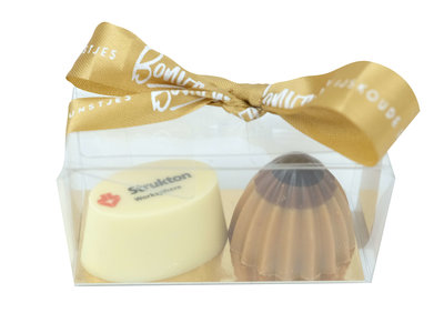 Bonvanie chocolade Twee bonbons in mini doosje met logo