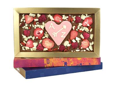 Bonvanie chocolade Fruit explosion chocoladereep met hart van chocolade
