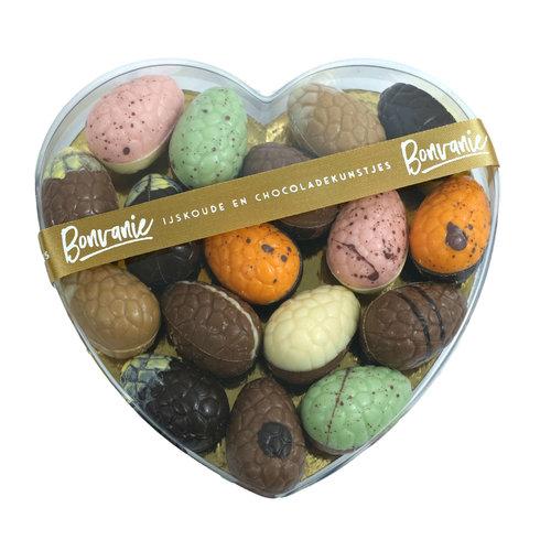 Bonvanie chocolade Ambachtelijke paaseitjes in hartendoos