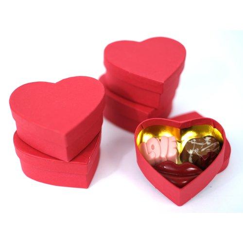 Bonvanie chocolade Drie ambachtelijke love bonbons in hartendoos