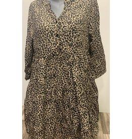 Robe leopard évasée