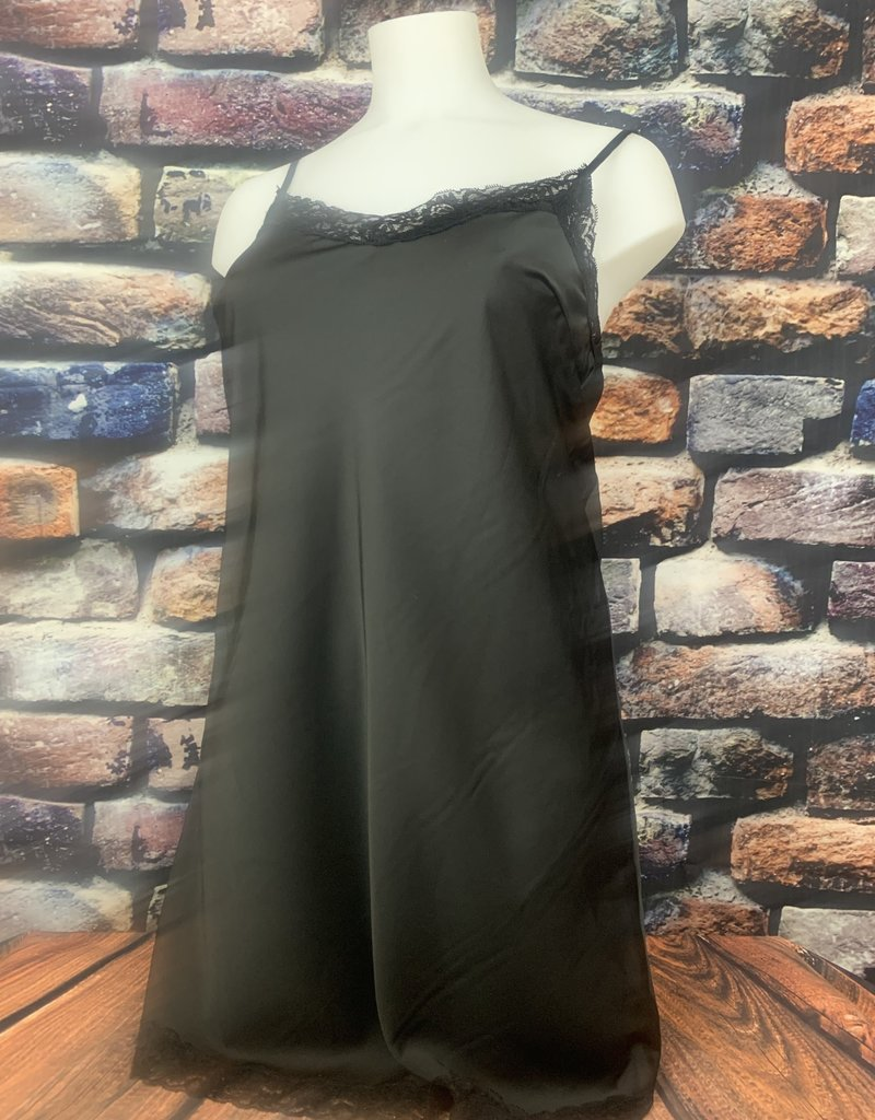 EMB Sous robe dentelle TU noire