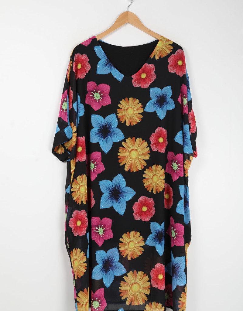 EMB Robe à  grosses fleurs base noire  grande taille