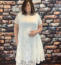 EMB Robe blanche dentelle