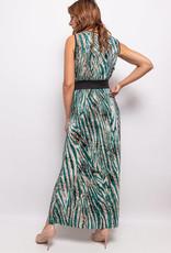 Robe longue sans manche verte plissée