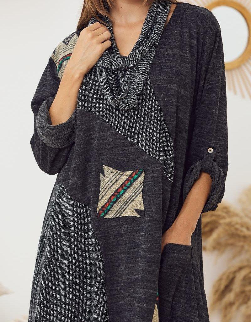 EMB Robe pull avec foulard