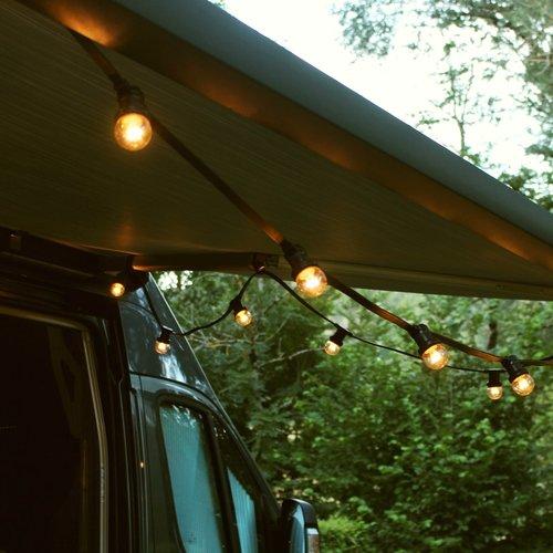 Ampoules guinguette à LED blanc chaud avec LED sur grandes perches