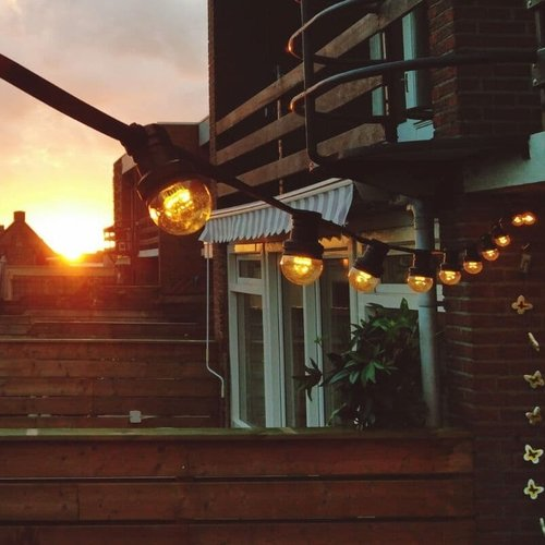 Kit guirlande avec ampoules à LED 0.7W sur de longues perches