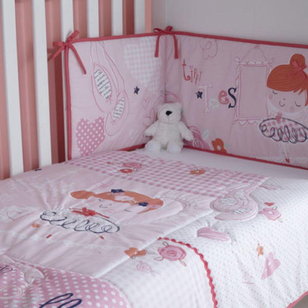 Clair De Lune Tippy Toes Pink Cot /Cot Bed Quilt & Bumper Set