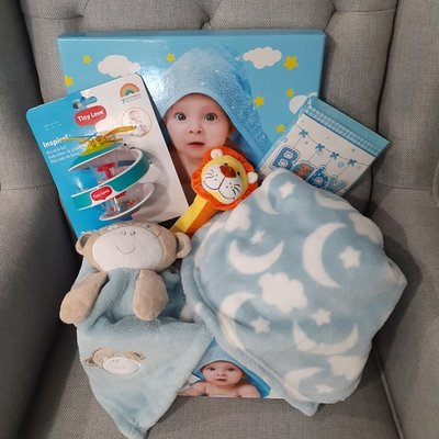Baby Boy Bundle Gift Box (Medium)