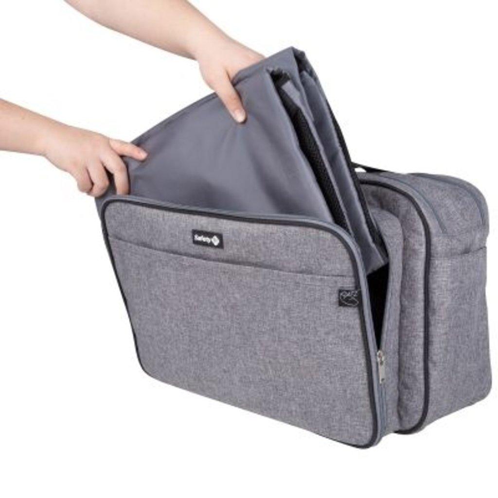 Safety 1st Safety 1st Nap To Go Bag BlackChic3