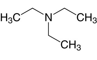 Trietilamina