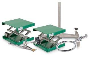 Elevador, trípode y material de montaje
