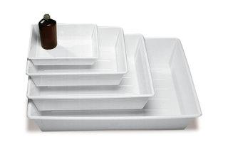 Geschirr und Schüsseln