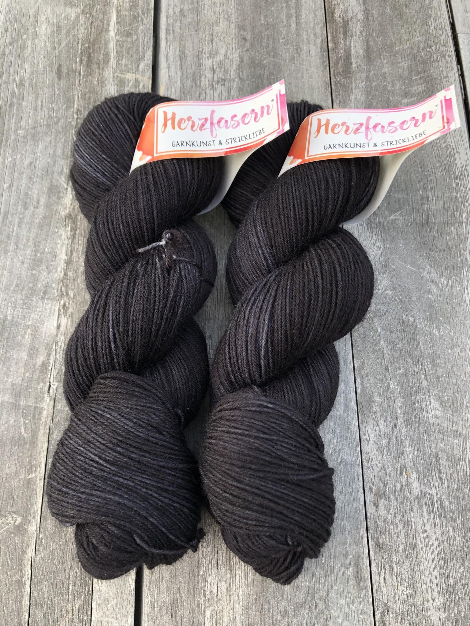 Herzfasern Sockenwolle - Schwarz