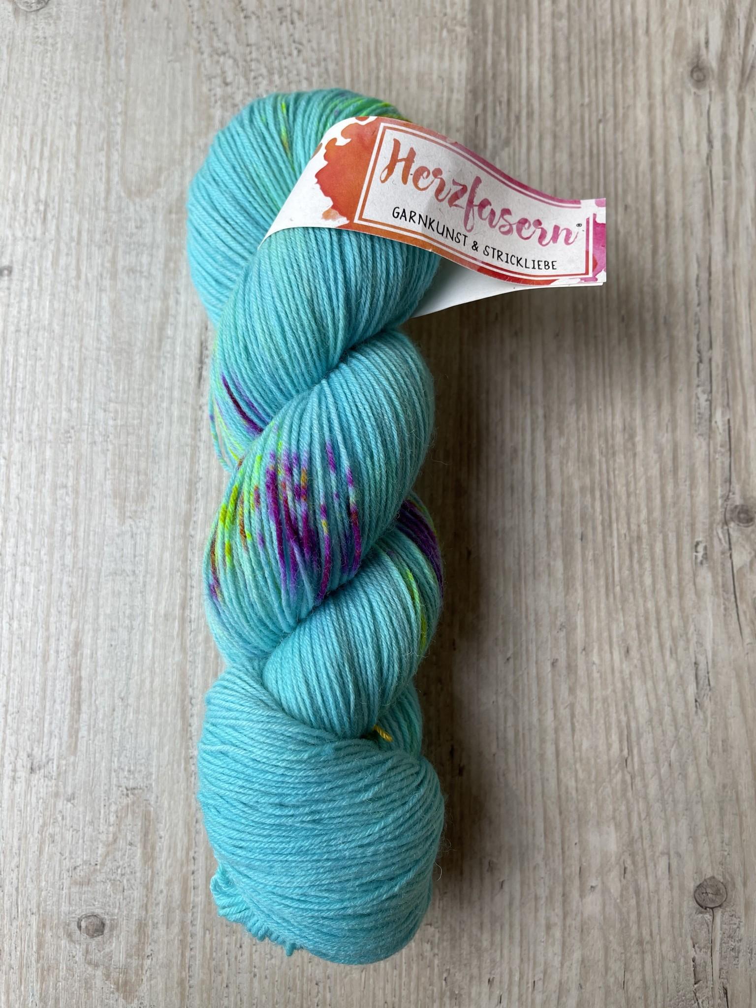 Herzfasern Sockenwolle Aqua