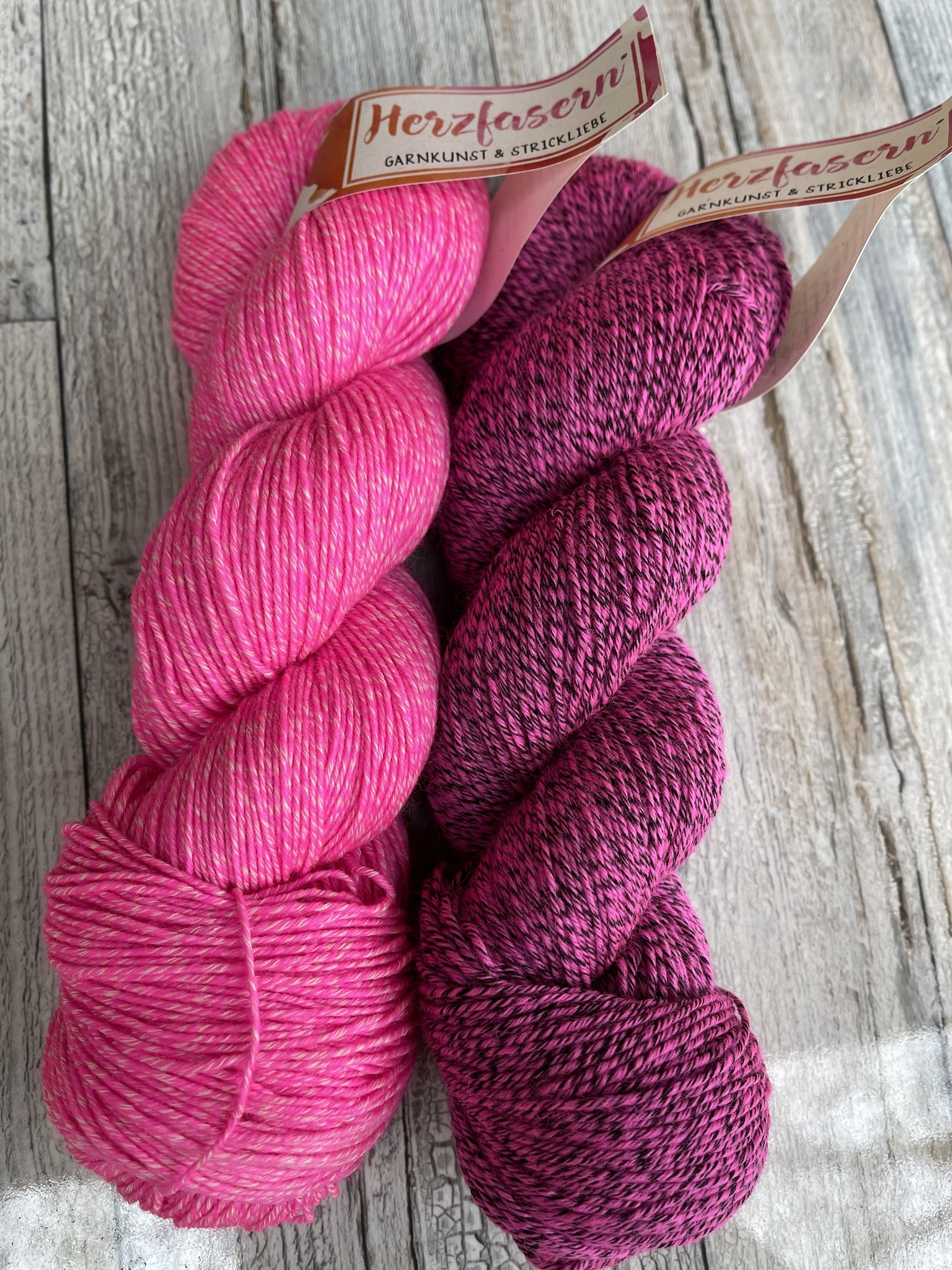 Sockenwolle mit Baumwollanteil -Taffy