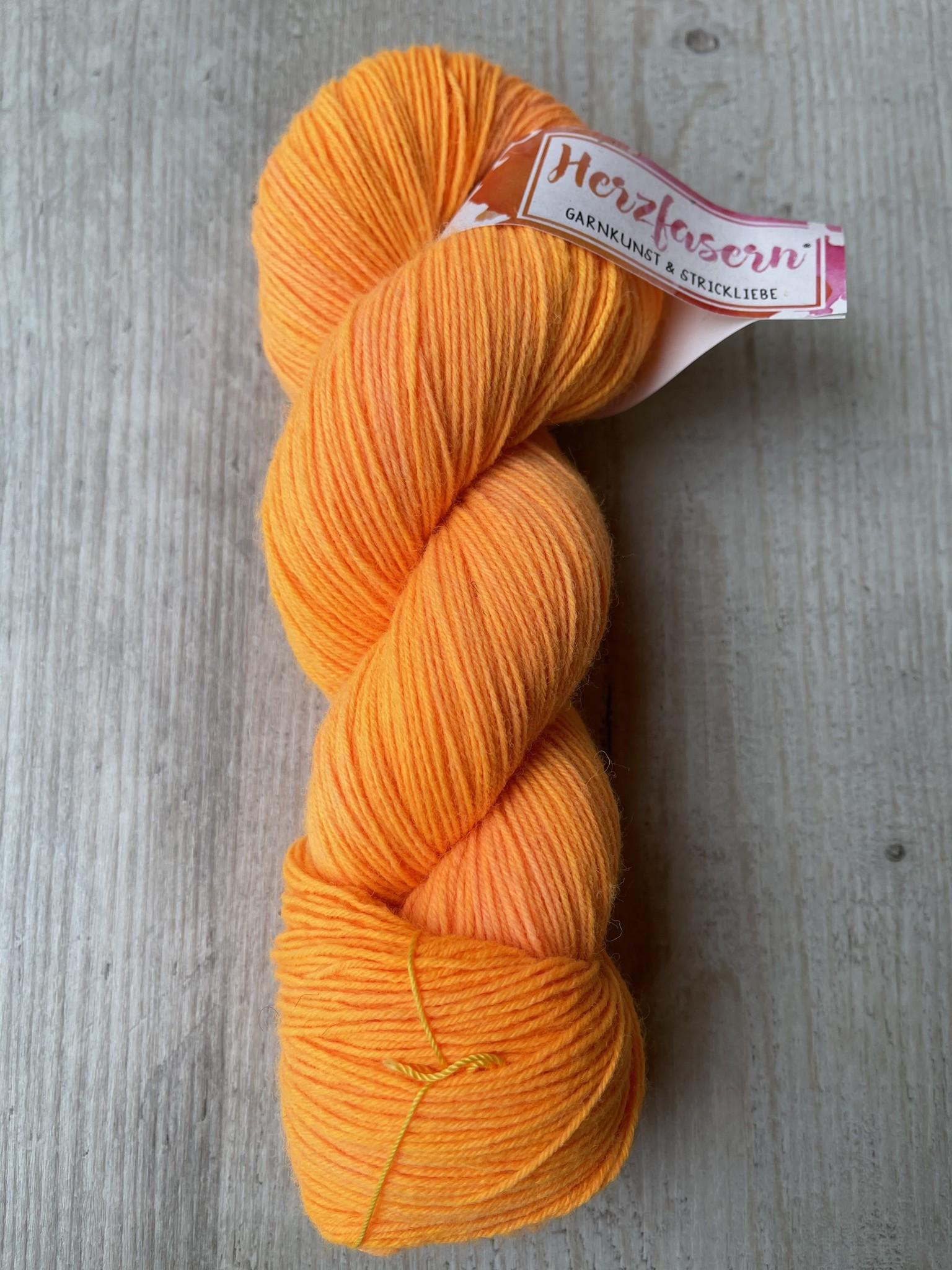 Herzfasern Sockenwolle-sunshine