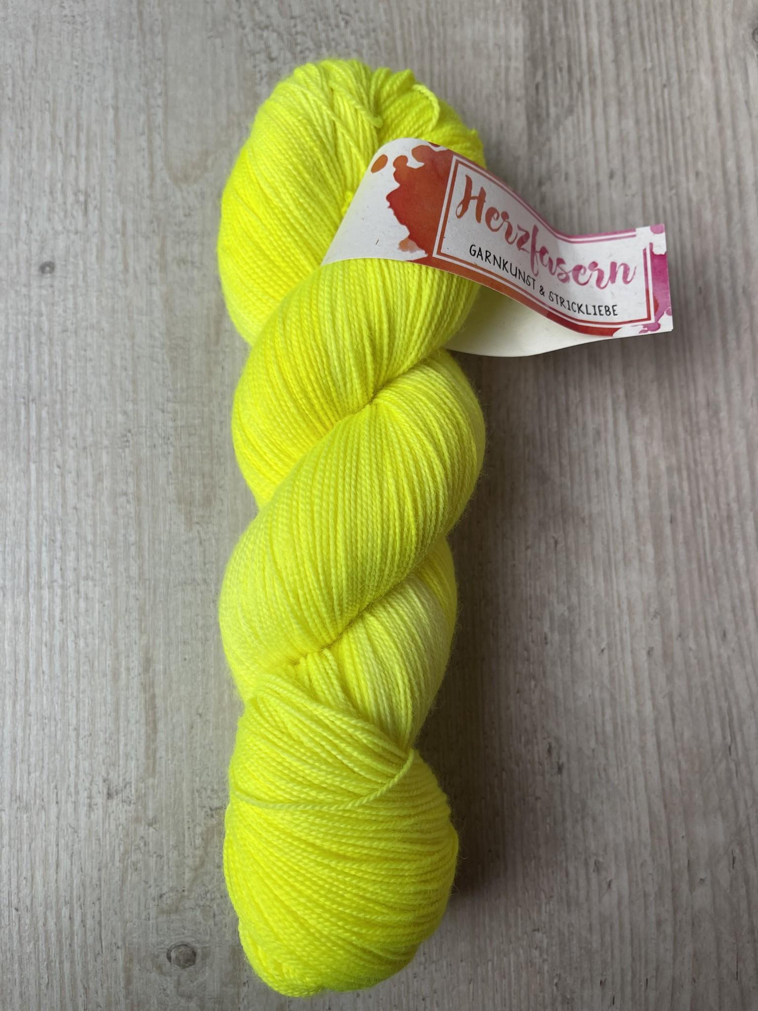 Herzfasern Lace Merino 600 -Neon Impressionen Lime