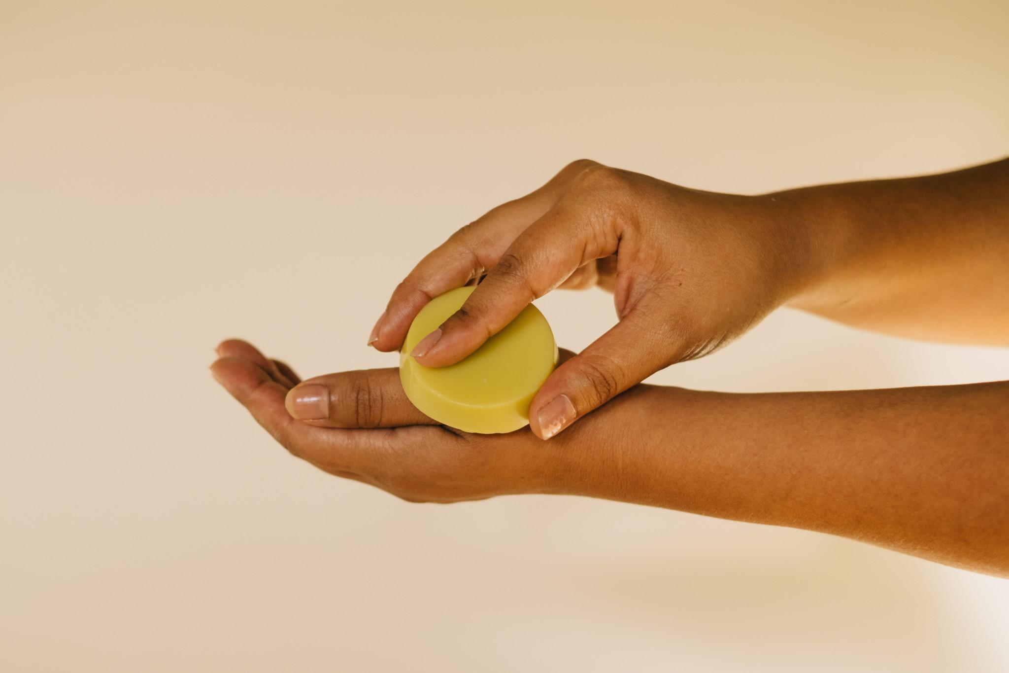4 people who care Daumenschmaus für die Hände -Vegan - Unverpackt